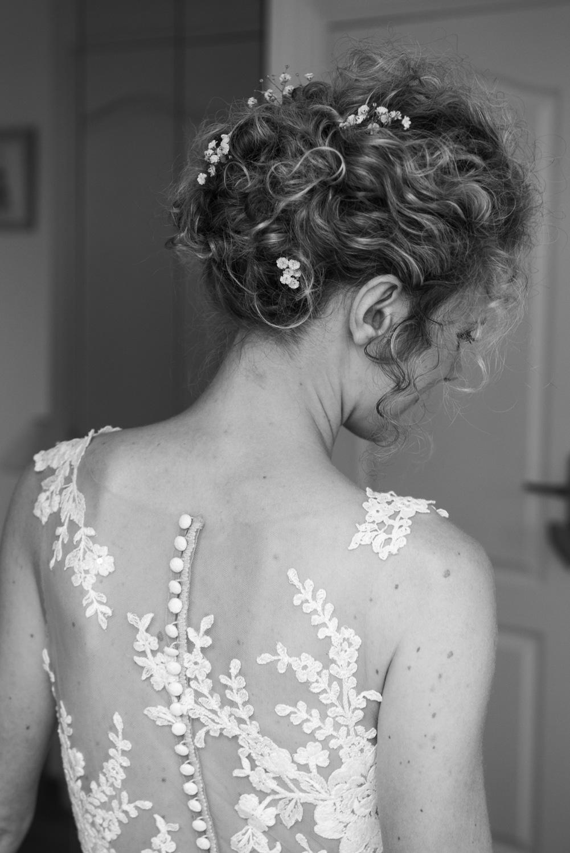 Préparatifs de la mariée - Photographes mariage Normandie, Rouen - M. et Mme Shoes