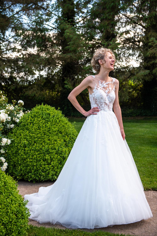 Robe de mariée - Photographes mariage Normandie, Rouen - M. et Mme Shoes